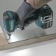 Atornillador de impacto a batería 18V 5.0Ah BL DTD153RTJ